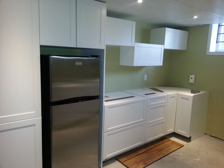 Cabinets installed.