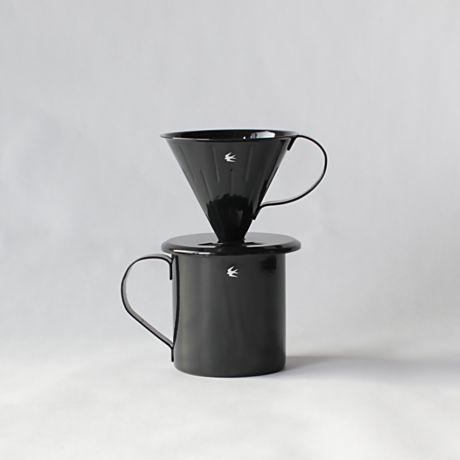 美しい黒が映えるシンプルなデザインツバメ印の琺瑯食器tsubame