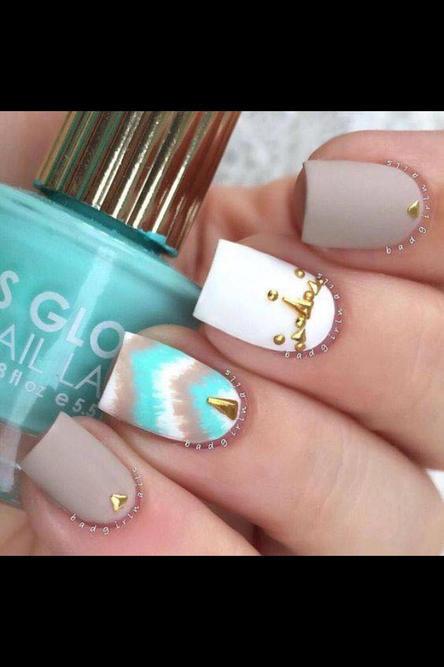 OMG! I can't! I love this nail design. ❤️