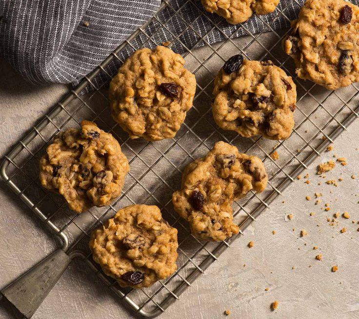 Biscuits aux flocons d'avoine à la cannelle et aux raisins