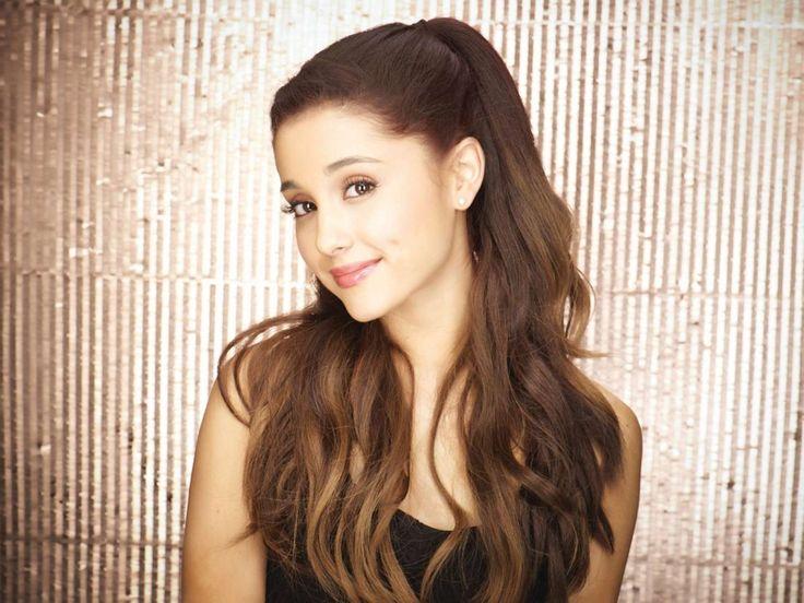 Ariana Grande - Pressefoto 2013