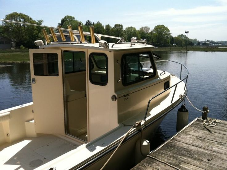 17 best ideas about pilothouse boat on pinterest for Pilot house fishing boats