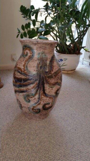 Octopussy large vase