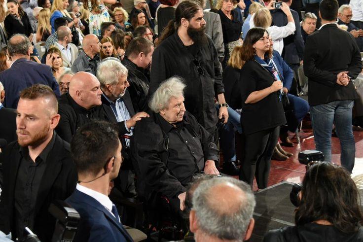 Όλη η Ελλάδα για το Μίκη …και η εκπλήρωση παιδικού ονείρου