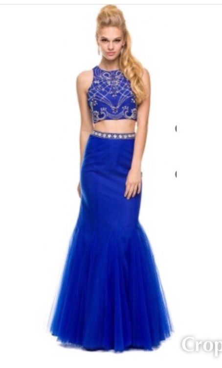 Beautiful Beading & Royal Color on this two piece gown.  New With Tags Size Medium & only $175.00 Designer Consigner Boutique 6329 S. Mooresville Road Indianapolis, IN 46221 317-856-6370 317-979-9628-Text Option #Indiana #Indianapolis #Indy #DesignerGowns #DesignerDresses #Formals #FormalGowns #FormalDresses  #Prom #PromGowns #PromDresses #Prom2017 #Prom2K17 #MilitaryBall #MilitaryBalls #Pageants #PageantGowns  #TwoPieceGowns #TwoPieceDresses #DesignerConsignerBoutique #SmileyProm