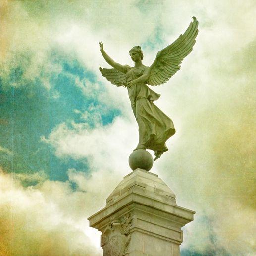 Jane Heller - George-Etienne-Cartier Monument/ Montreal Landmark series
