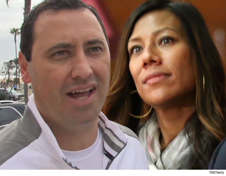 Steve Sarkisian -- Officially Divorced ... You Can't Touch My USC Lawsuit Money! - http://blog.clairepeetz.com/steve-sarkisian-officially-divorced-you-cant-touch-my-usc-lawsuit-money/