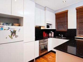 Brighton-Le-Sands 2 Bedroom Apartment 30HERC Available For Short Term Accommodation