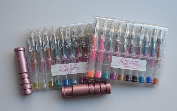 Pens for cricut..I love and use these gel pens.Drawing Design, Cricut Cuttlebug, Holders Oh Boys, Gel Pens, Amy Chomas, Cricut Pens, Chomas Cricut, Chomas Creations, Markers Holders Oh