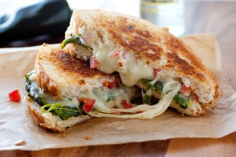 Drooooling! Chili Relleno Grilled Cheese via Cooking Classy #comfort