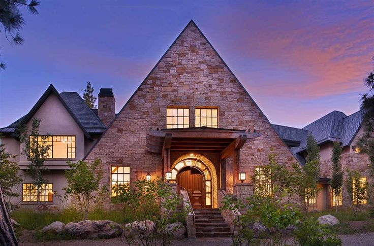 Sacramento | Lake Tahoe Luxurious manor for the nature lover in Truckee Listed by: Kristi Hood | Coldwell Banker Previews - Sharp Real Estate Team