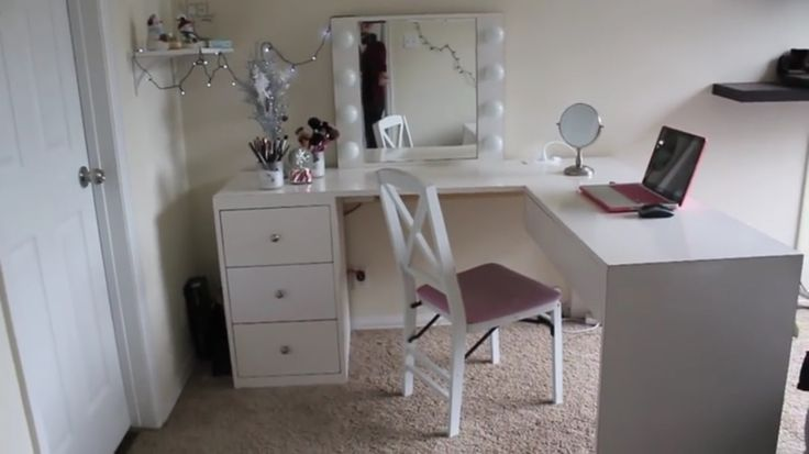 17 Best images about makeup on Pinterest Vanity mirrors, Makeup organization and Feature walls