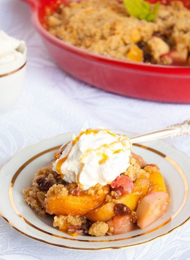 Delicious Apple and Peach Crisp with Raisins and Pecans