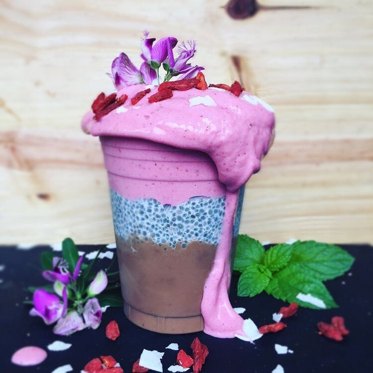 Triple layer chocolate avo mousse, chia pudding & strawberry cream smoothie.