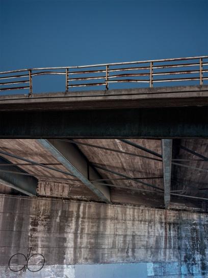 Bridge in two parts