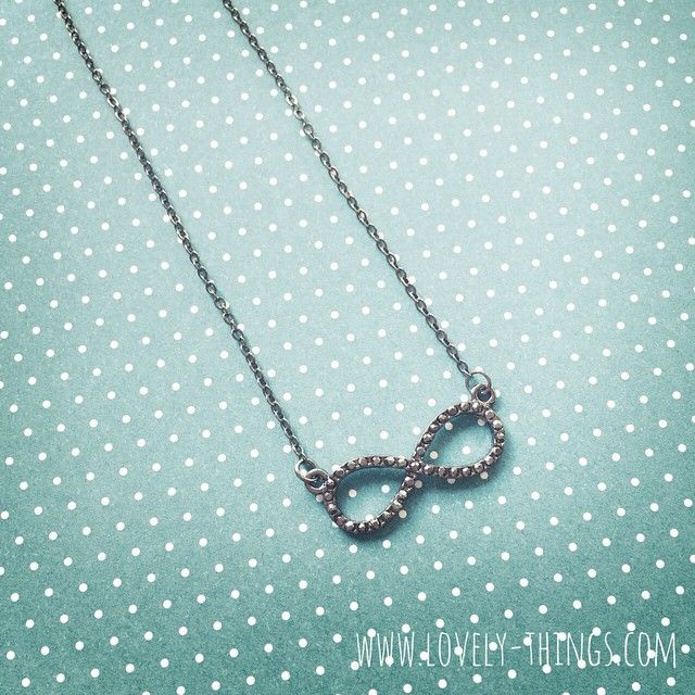 Kette 'Unendlichkeit' ♡ Infinity Necklace // www.lovely-things.com #lovelythingscom