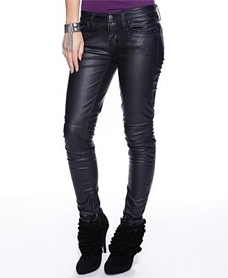 Leatherette Biker Pants I - StyleSays: Friends Inspiration,  Blue Jeans, Friends Fav, Biker Chick, Black Leather, Beautiful Pick,  Denim, Biker Pants, Stylesay Fav