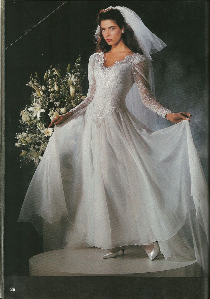 17 Best images about 1990's wedding gowns & dresses on ...