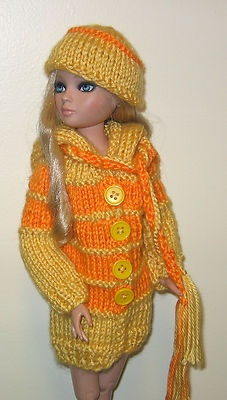 Extra long hand knit hooded sweater + hat + scarves for Ellowyne.