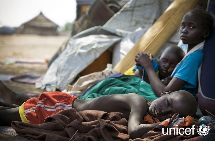 POMÓŻ NIEDOŻYWIONEMU DZIECKU: UNICEF obawia się, że w Sudanie Południowym do końca 2014 roku ćwierć miliona dzieci poniżej piątego roku życia będzie cierpiało z powodu ostrego niedożywienia. Pomóż na www.unicef.pl/sudan.
