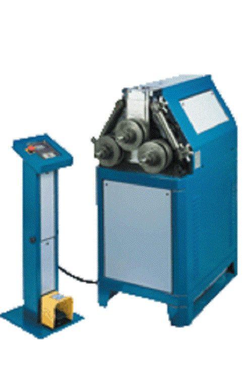 Cintrage et pliage : Les systèmes de pliage rassemblent principalement des outils et machines, qui ont pour fonction de déformer la matière (la plier) pour former un nouvel objet (tuyau de plomberie, collecteur de moteur ...).