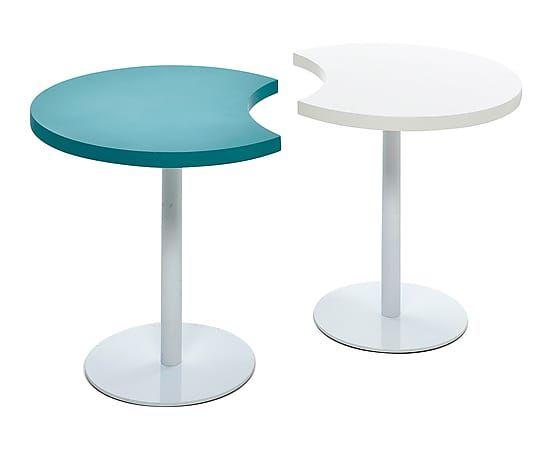 Set de 2 mesas de madera de abedul y hierro Till - blanco y azul