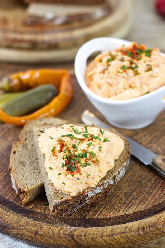 Würziger Liptauer Aufstrich // Liptauer cheese spread recipe // Sweets & Lifestyle®️ #liptauer #aufstrich #rezept #brotzeit #jause #liptauercheesespread #recipe #sweetsandlifestyle