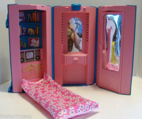 1984 Vintage Mattel Barbie Day Night Home Office Carousel Doll House