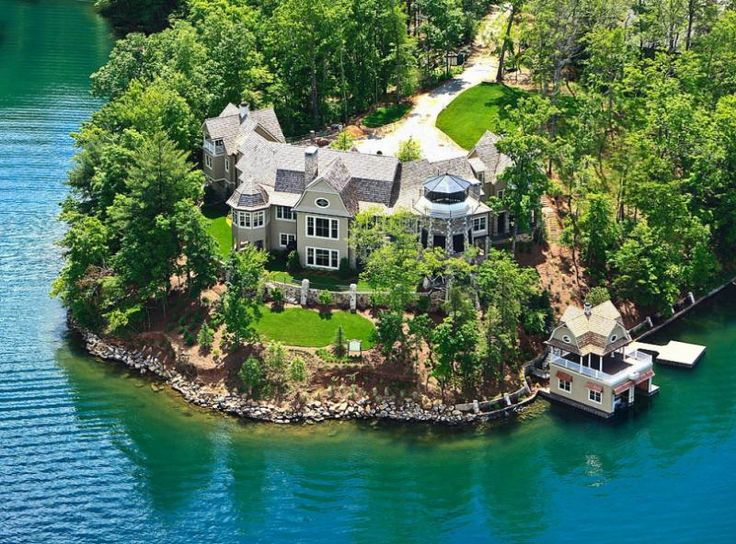 Alabama coach Nick Saban's lake home