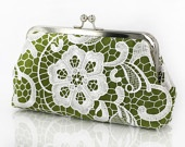 I feel green today: Etsy, Shops, Lace Clutches, Green Today, Feelings Green, Pretty Purses