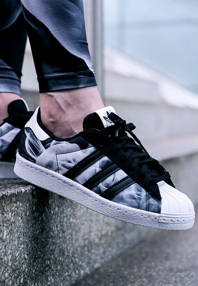 Really like these , looks like smoke around the trainers, I would definitely were these