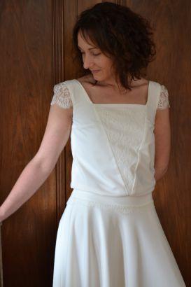 Robe de mariée bohème crêpe dentelle buste bouffant, Collection 2016 www.portez-vos-idees.com