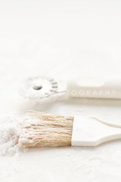 blanc | white | bianco | 白 | belyj | gwyn | color | texture | form | brush & slicer