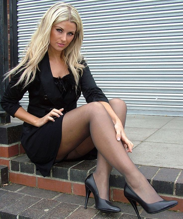Short Skirts And Sexy Legs  Nogi, Poczochy, Rajstopy-1630