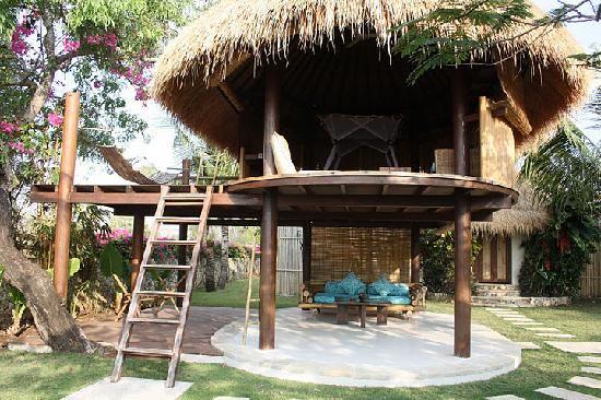 Pecatu, Indonesia: tree house bungalow