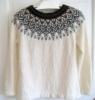 The Big Swan is knit from the top down. The yoke is knit in the round, then stitches are divided for sleeves, front and back. In the original design the parts are knitted flat and then seamed toget...
