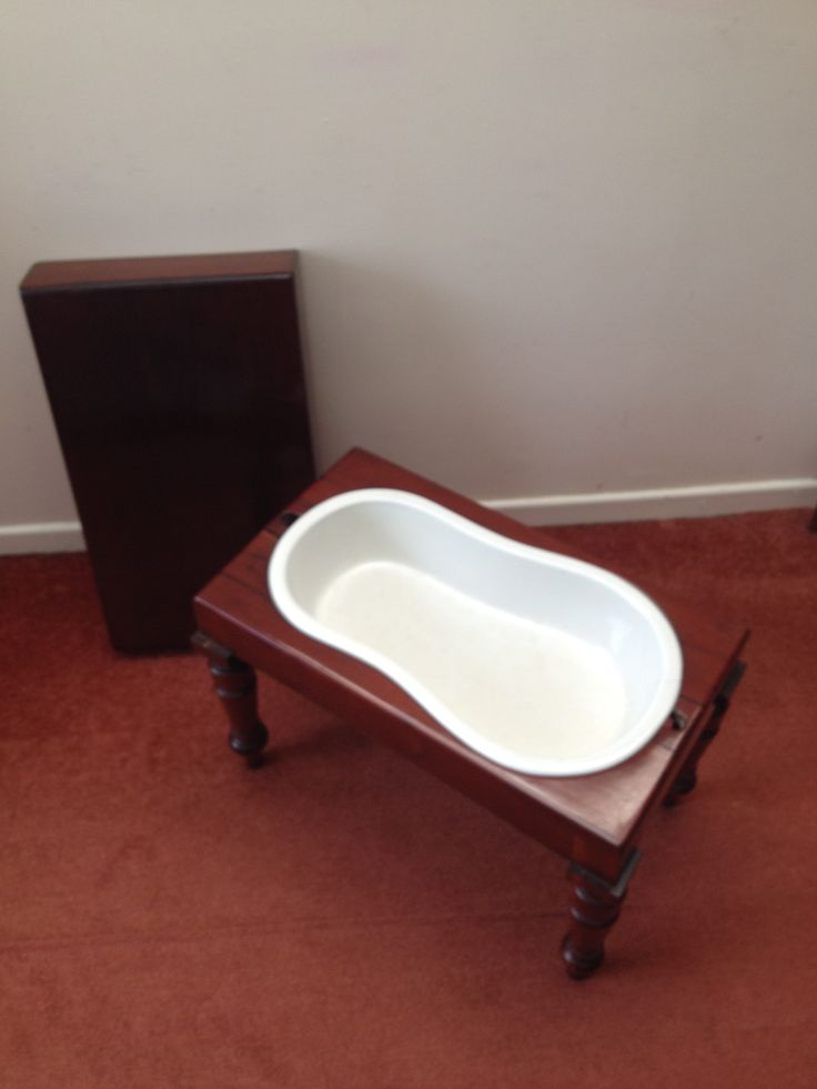 Victorian Mahogany Bidet with original ceramic liner