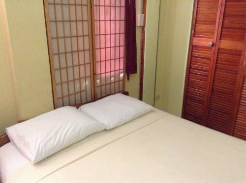 Cheap Hotels in Belize  Belcove Hotel & Guesthouse Hotel