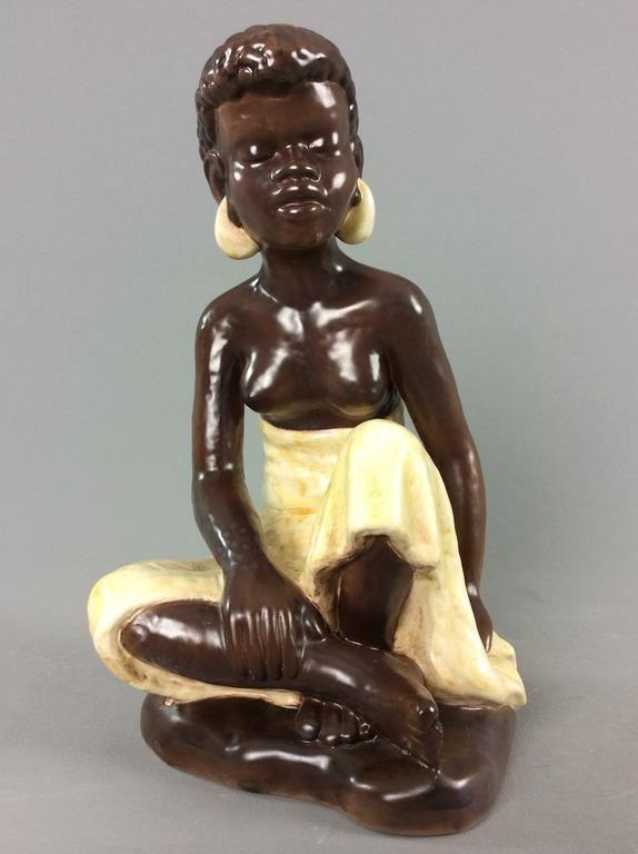 Annons på Tradera: STOR figurin Afrikansk kvinna Bornholm Keramik Söholm Danmark retro/vintage