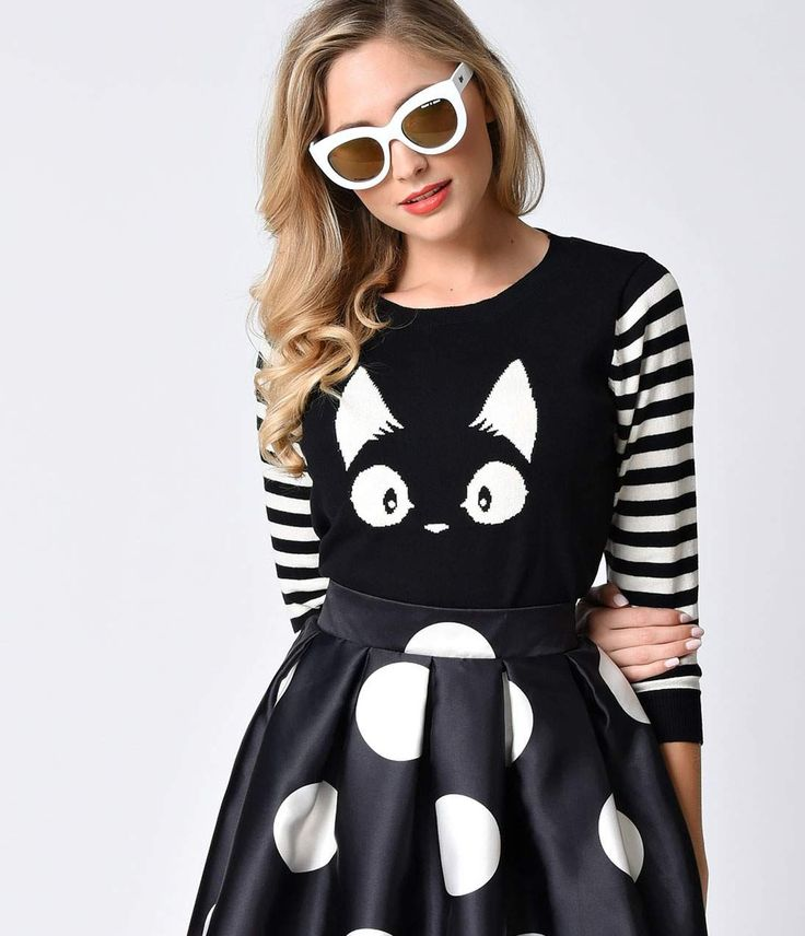 Me-yow. Cat ladies are all the rage these days.