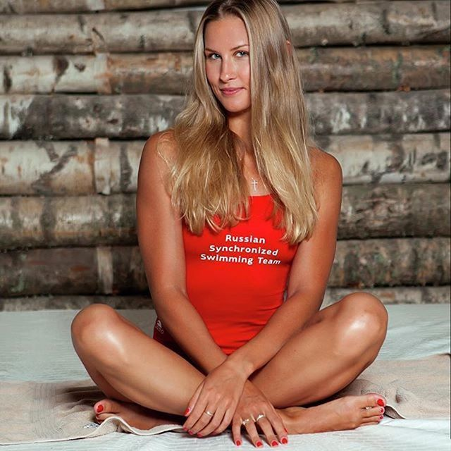 Alla Shishkina 🇷🇺Russian synchronized swimming team 🏅TWO TIME OLYMPIC CHAMPION 🏆11-time World Champion