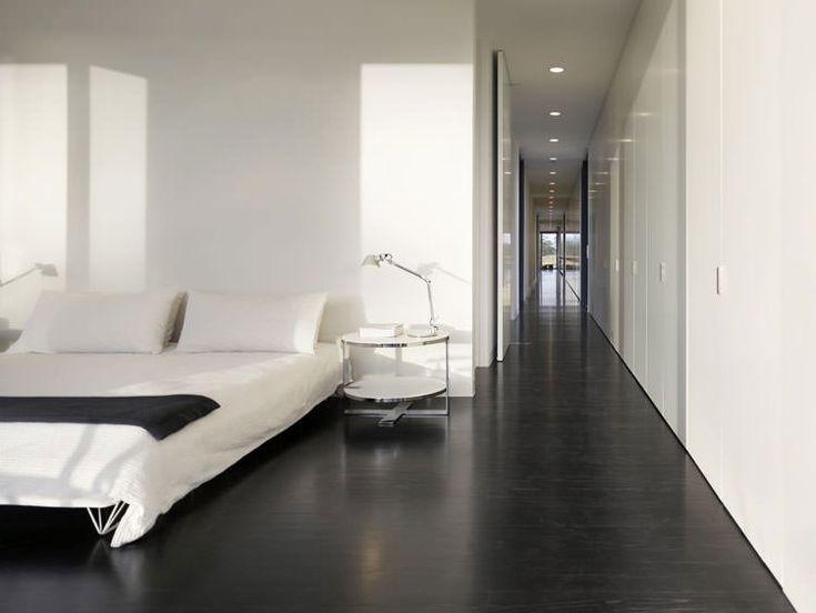 Idee per arredare la camera da letto in bianco e nero n. 22