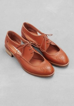 &other stories leather cut out brogues - perfect summer time office wear!