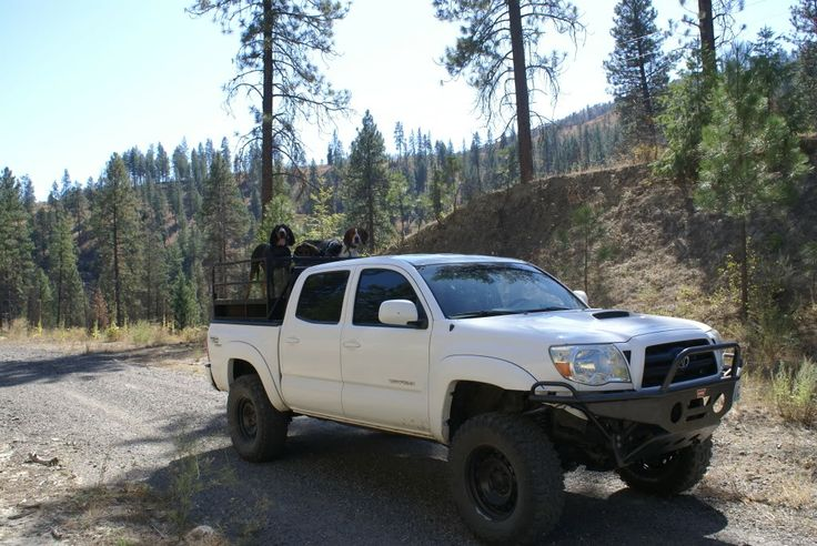 "2005 Toyota Tacoma 3"" Lift, Allpro Hybrid Bumper, Sliders, Headache rack, Dual Winche - TTORA Forum"