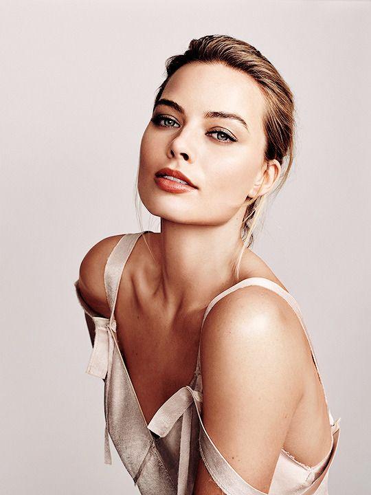 "elizabeths-banks: ""Margot Robbie | Glamour Mexico (2016) by Lorenzo Agius """