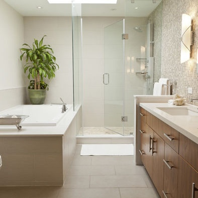 Like the rectangle tiles on floor bathroom design for Rectangular bathroom layout