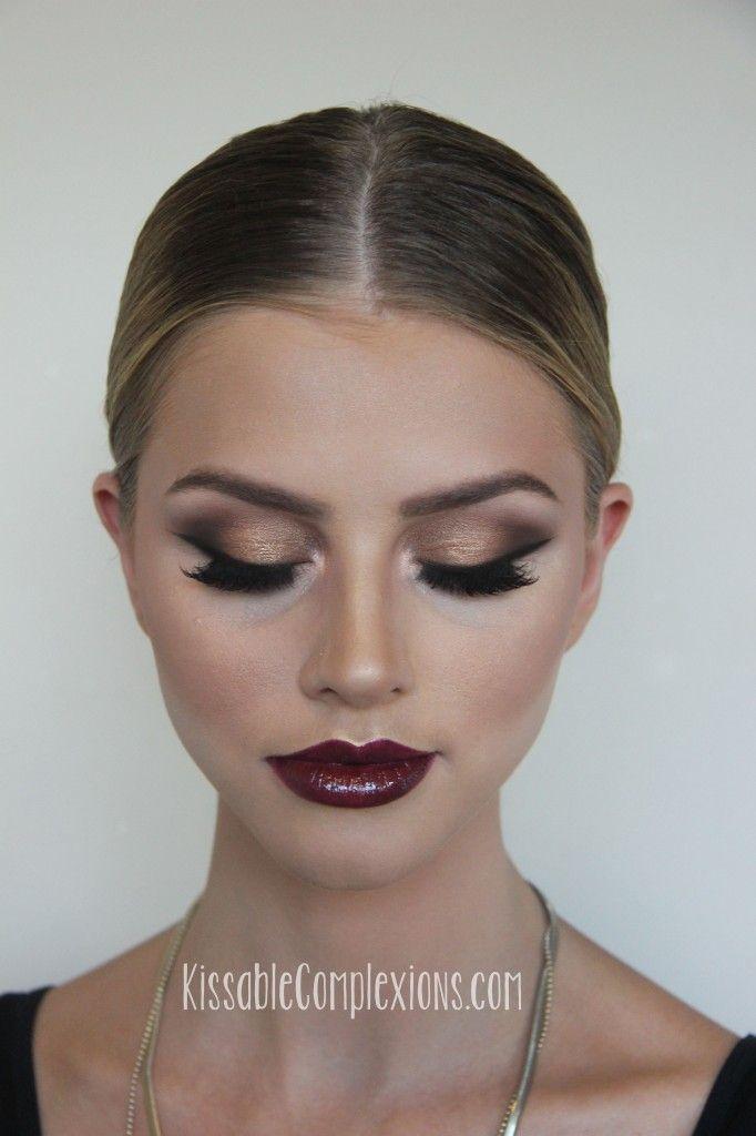 Kleid bordeaux makeup