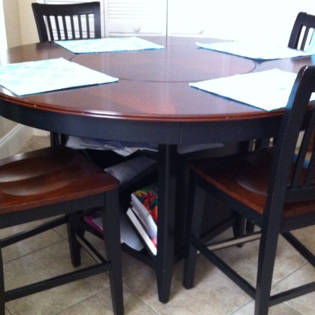 17 best images about haverty 39 s on pinterest sherwin for Dining room game table