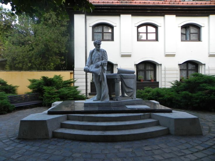 Statue of Széchenyi István is on Tokaj's main street, next to the Széchenyi István Dormitory of Tokaji Ferenc Grammar School.