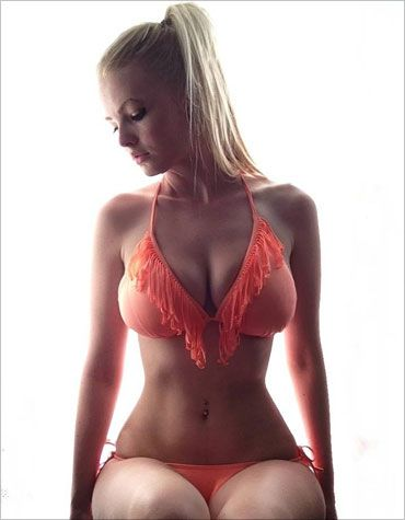 Meet the Sizzling Zienna! Our second model announcement ...